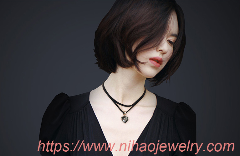Exotic alloy plating Necklace set